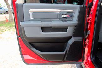 2014 Ram 2500 SLT Crew Cab 4X4 6.7L Cummins Diesel 6 Speed Manual Sealy, Texas 36