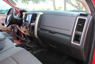 2014 Ram 2500 SLT Crew Cab 4X4 6.7L Cummins Diesel 6 Speed Manual Sealy, Texas 41