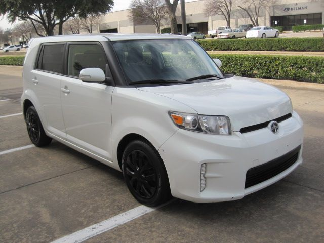 2014 Scion XB, Clean Carfax Only 78k Miles