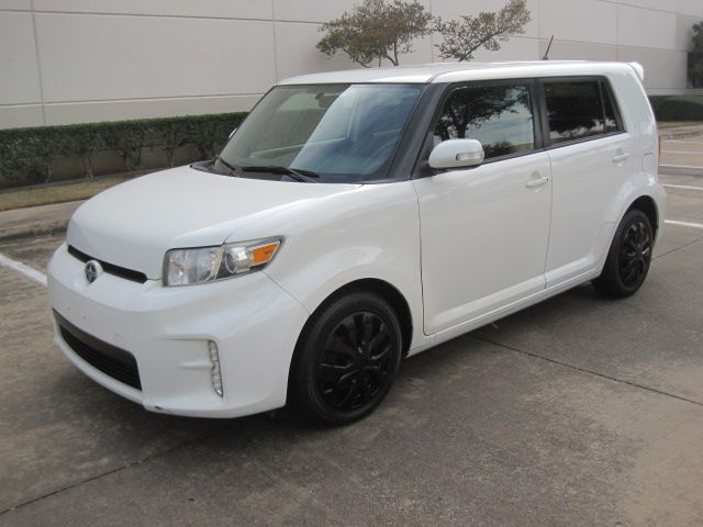 2014 Scion XB, Clean Carfax Only 78k Miles in Plano, Texas 75074
