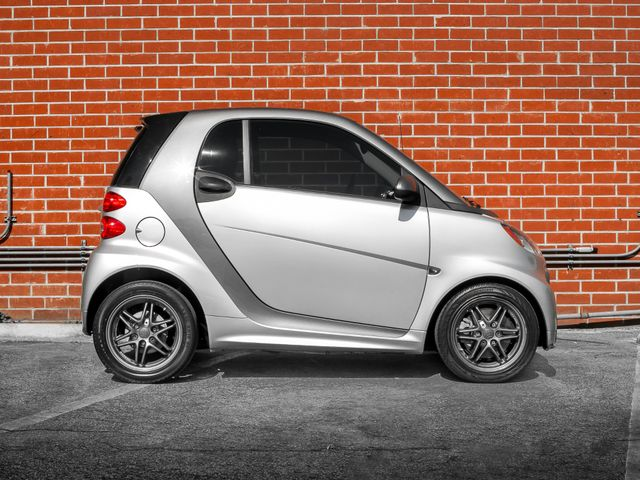 2014 Smart fortwo Passion Burbank, CA 4