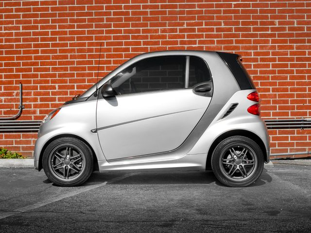 2014 Smart fortwo Passion Burbank, CA 5