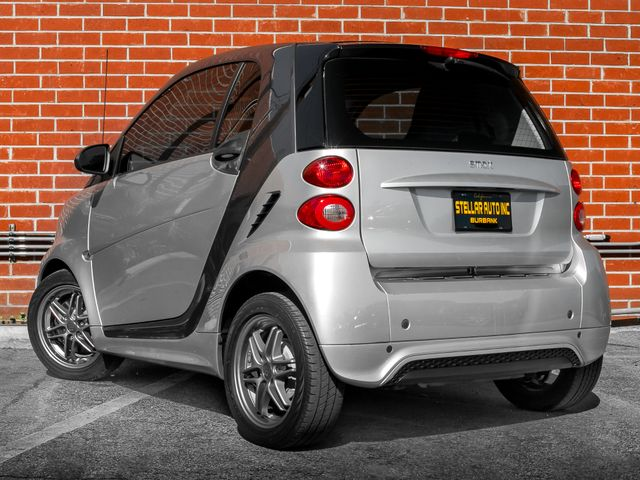 2014 Smart fortwo Passion Burbank, CA 7