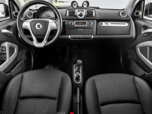 2014 Smart fortwo Passion Burbank, CA 8