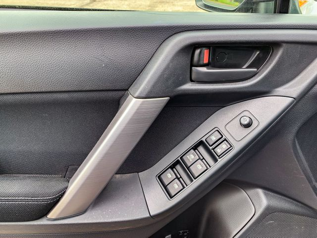 2014 Subaru Forester 2.5i Osseo, Minnesota 14