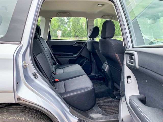 2014 Subaru Forester 2.5i Osseo, Minnesota 21