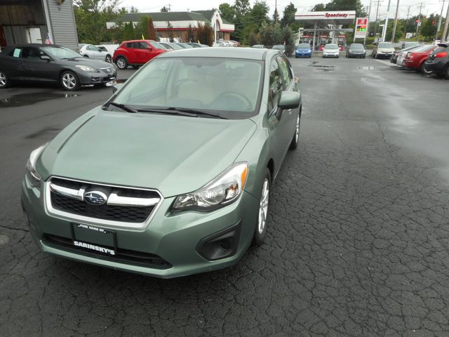 2014 Subaru Impreza 2.0i Premium New Windsor, New York 11