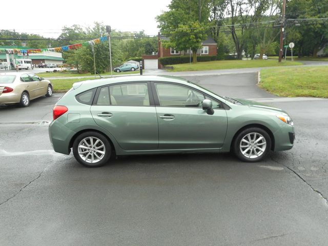2014 Subaru Impreza 2.0i Premium New Windsor, New York 7