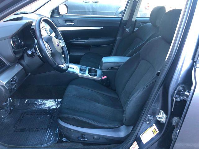 2014 Subaru Legacy 2.5i Premium Maple Grove, Minnesota 8