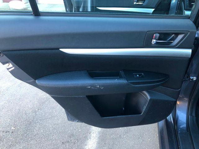 2014 Subaru Legacy 2.5i Premium Maple Grove, Minnesota 12