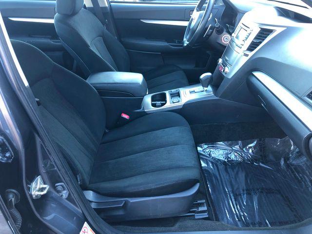 2014 Subaru Legacy 2.5i Premium Maple Grove, Minnesota 9