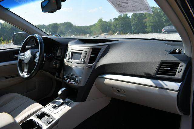 2014 Subaru Legacy 2.5i Premium AWD Naugatuck, Connecticut 11