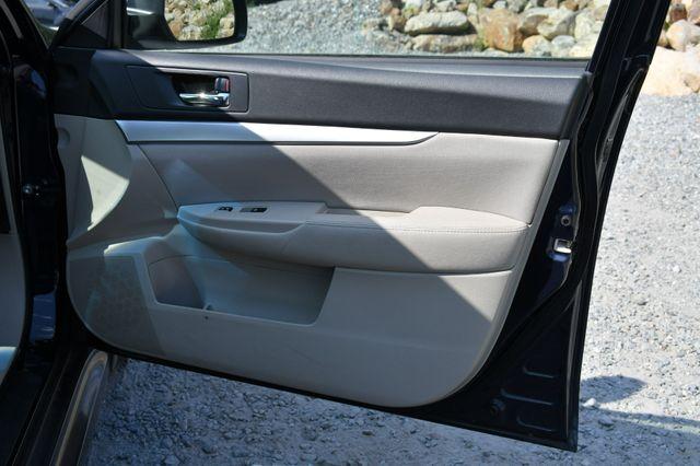 2014 Subaru Legacy 2.5i Premium AWD Naugatuck, Connecticut 12