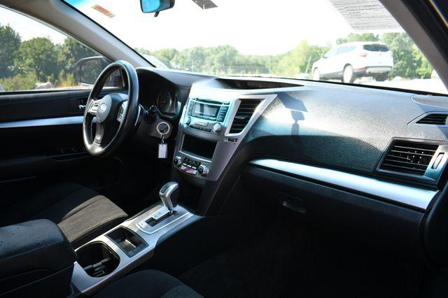 2014 Subaru Legacy 2.5i AWD Naugatuck, Connecticut 11