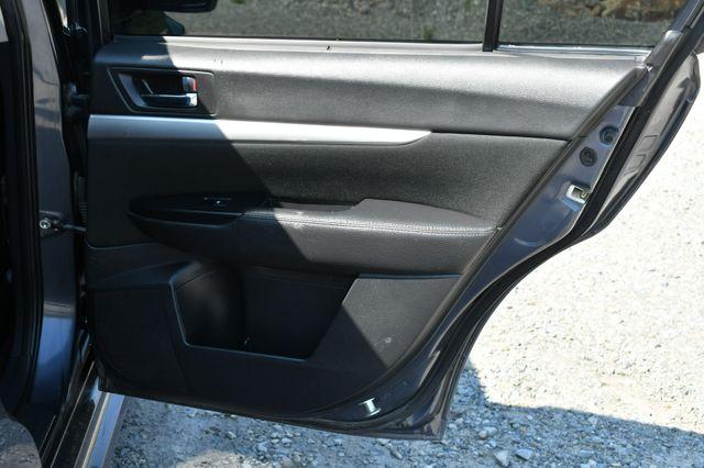 2014 Subaru Legacy 2.5i AWD Naugatuck, Connecticut 13