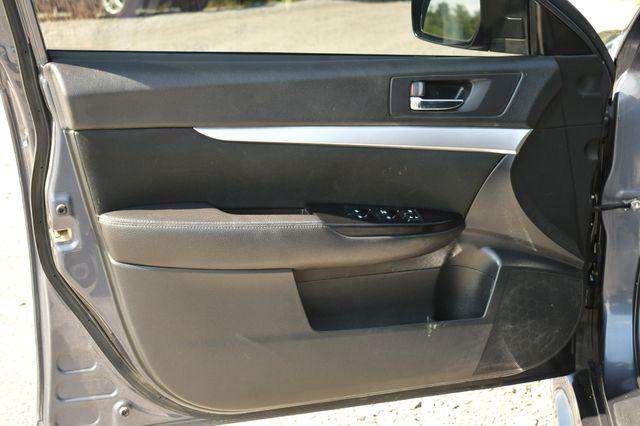 2014 Subaru Legacy 2.5i AWD Naugatuck, Connecticut 20