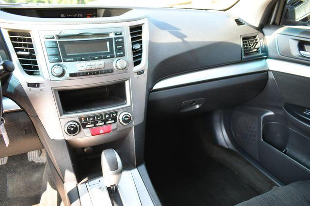 2014 Subaru Legacy 2.5i AWD Naugatuck, Connecticut 23