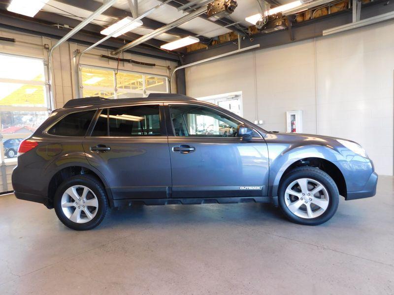 2014 Subaru Outback 25i Premium  city TN  Doug Justus Auto Center Inc  in Airport Motor Mile ( Metro Knoxville ), TN