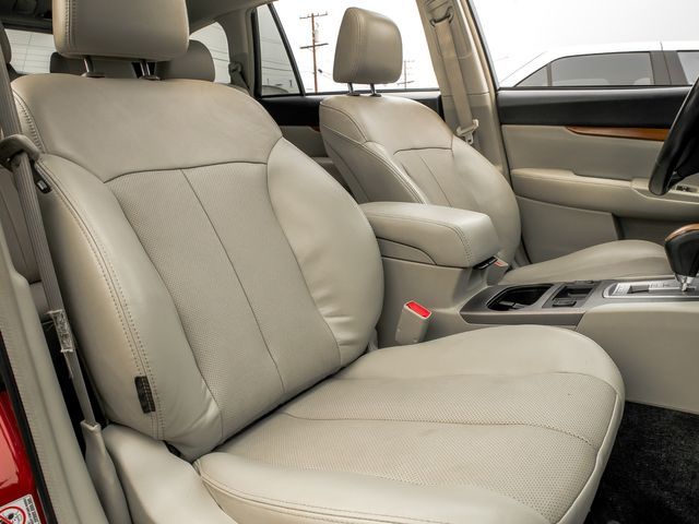 2014 Subaru Outback 3.6R Limited Burbank, CA 12