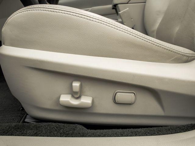 2014 Subaru Outback 3.6R Limited Burbank, CA 19