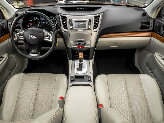 2014 Subaru Outback 3.6R Limited Burbank, CA 8