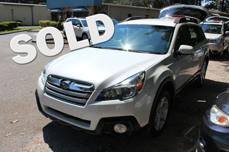 2014 Subaru Outback 2.5i Premium | Charleston, SC | Charleston Auto Sales in Charleston SC