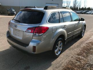 2014 Subaru Outback 2.5i Limited Farmington, MN 1