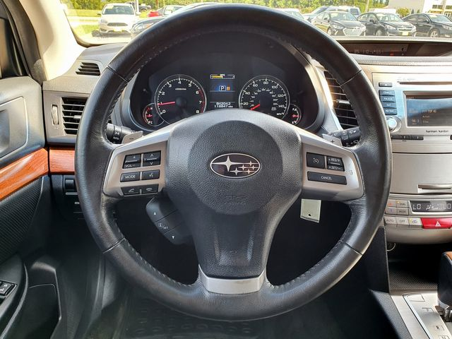 2014 Subaru Outback 2.5i Limited AWD w/Leather/Sunroof/Heated Seats in Louisville, TN 37777