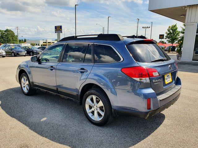 2014 Subaru Outback 2.5i Limited AWD w/Leather/Sunroof/Heated Seats in Louisville, TN 37777