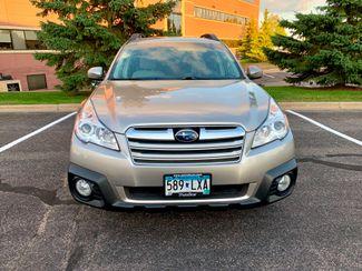 2014 Subaru Outback 2.5i Premium Maple Grove, Minnesota 4