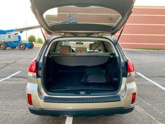 2014 Subaru Outback 2.5i Premium Maple Grove, Minnesota 8