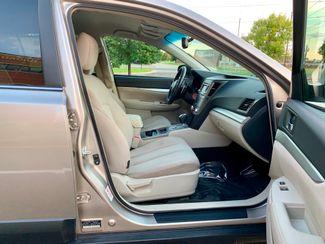 2014 Subaru Outback 2.5i Premium Maple Grove, Minnesota 13