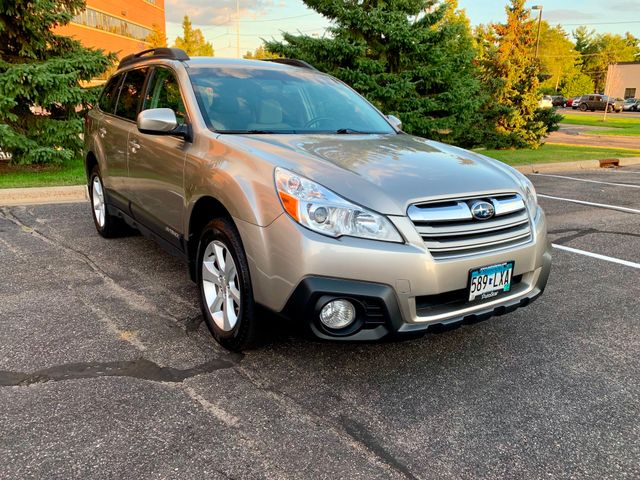 2014 Subaru Outback 2.5i Premium Maple Grove, Minnesota