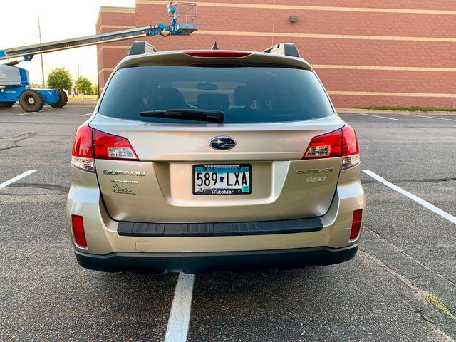 2014 Subaru Outback 2.5i Premium Maple Grove, Minnesota 5