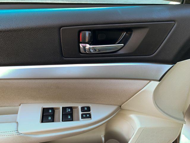 2014 Subaru Outback 2.5i Premium Maple Grove, Minnesota 14