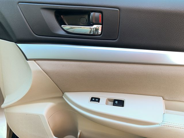 2014 Subaru Outback 2.5i Premium Maple Grove, Minnesota 15