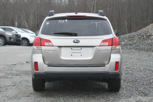 2014 Subaru Outback 2.5i Premium Naugatuck, Connecticut 3