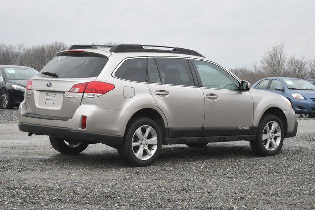 2014 Subaru Outback 2.5i Premium Naugatuck, Connecticut 4
