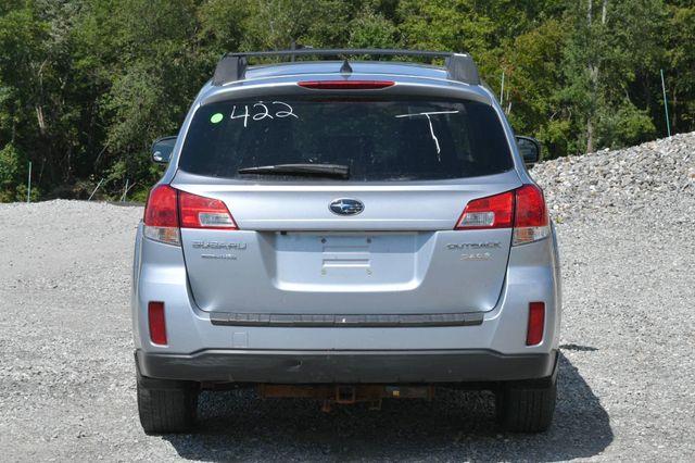 2014 Subaru Outback 2.5i Limited Naugatuck, Connecticut 3