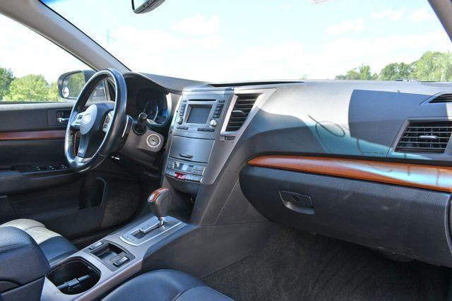 2014 Subaru Outback 2.5i Limited Naugatuck, Connecticut 8