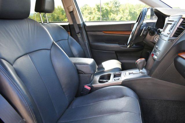 2014 Subaru Outback 2.5i Limited Naugatuck, Connecticut 9