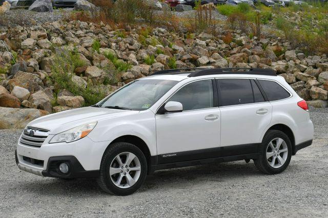 2014 Subaru Outback 2.5i Limited AWD Naugatuck, Connecticut 2