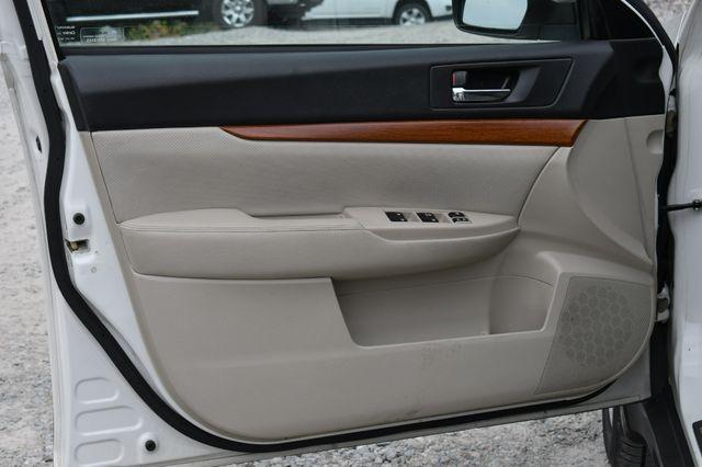 2014 Subaru Outback 2.5i Limited AWD Naugatuck, Connecticut 22