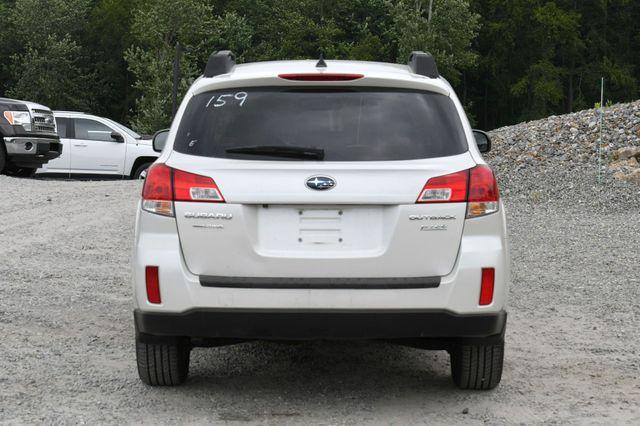 2014 Subaru Outback 2.5i Limited AWD Naugatuck, Connecticut 5