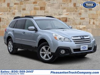 2014 Subaru Outback in Pleasanton TX
