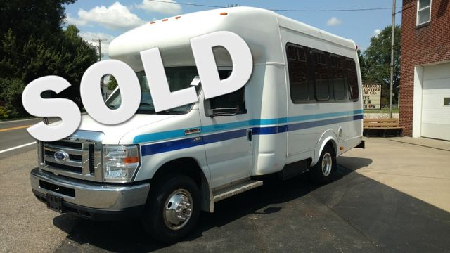 2014 Supreme Startrans Wheelchair Accessible Bus 8-10 passenger plus driver Alliance, Ohio
