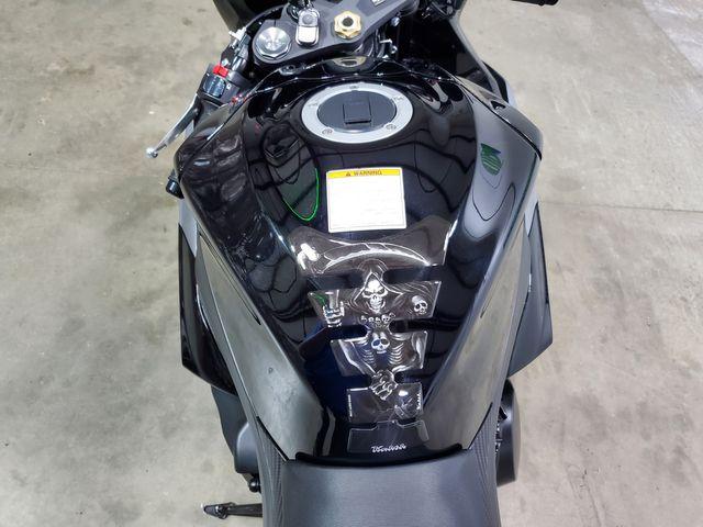 2014 Suzuki GSX-R1000 GSX-R1000L in Dickinson, ND 58601
