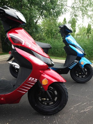 2014 Taotao Speedy Sport Scooter / Moped Blaine, Minnesota 2