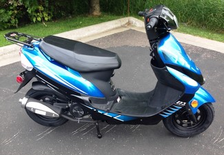 2014 Taotao Speedy Sport Scooter / Moped Blaine, Minnesota 4