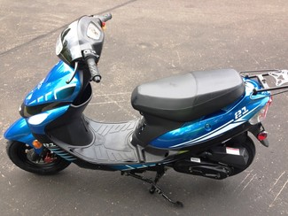 2014 Taotao Speedy Sport Scooter / Moped Blaine, Minnesota 5